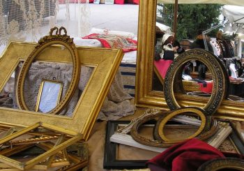 Things from another time – antique market
